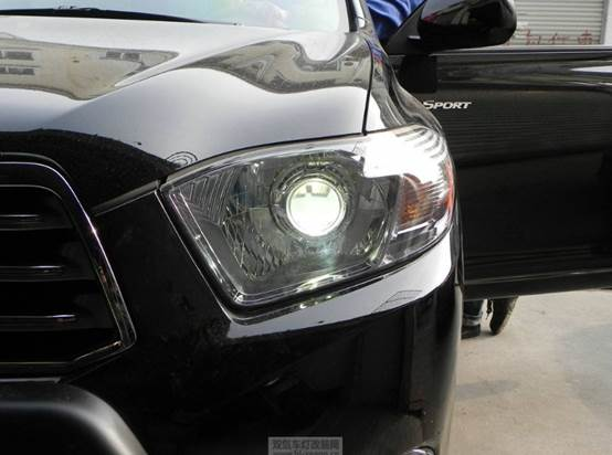 Halogen, xenon, LED, which headlight is better for cars